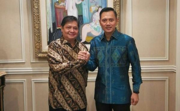 Ketum Golkar Airlangga Hartarto dan Ketum Demokrat AHY (Foto: Kompas.com)