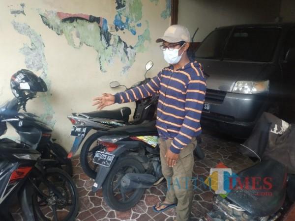 Salah satunya korban curnamor bernama Frananta Riski Agrida saat ditemui di rumahnya di Jalan Adi Mustofa Gang VIII RT 4 RW III Dusun Klerek, Desa Torogrejo, Kecamatan Junrejo, Kota Batu, Rabu (9/6/2021) (foto: Mariano Gale/Jatim Times)