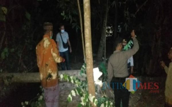 Lokasi tempat Suparman tewas tertimpa pohon / Foto : Anang Basso / Tulungagung TIMES
