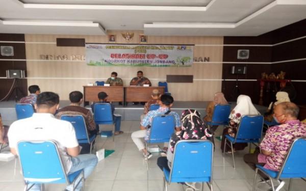 Pelaksanaan Peningkatan Kapasitas Masyarakat (PKM) oleh Dinas Perkim Kabupaten Jombang. (Foto : Dokumentasi Dinas Perkim Jombang)