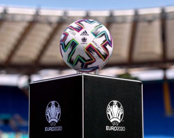 Bola resmi yang digunakan untuk Euro 2020 (foto: Instagram @Euro2020)