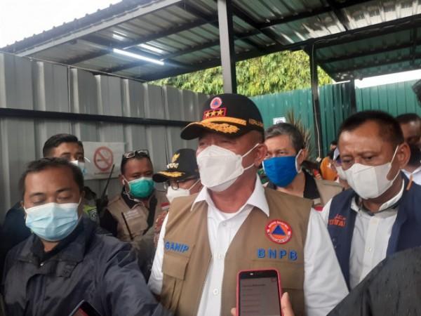 Kepala BNPB sekaligus Ketua Satgas Covid-19 Pusat Ganip Watsito, saat ditemui awak media usai melakukan peninjauan RS Lapangan Idjen Boulevard Kota Malang, Jumat (11/6/2021). (Arifina Cahyanti Firdausi/MalangTIMES).