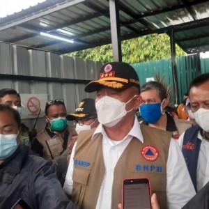 Antisipasi Lonjakan Kasus Covid-19, Kepala BNPB Tinjau RS Lapangan Idjen Boulevard