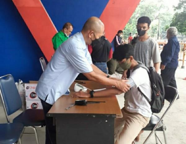 KONI Kota Malang melaksanakan tes seca atau tes body composition analysis kepada 288 atletnya di KONI Kota Malang, Senin (14/6/2021) (foto: istimewa)