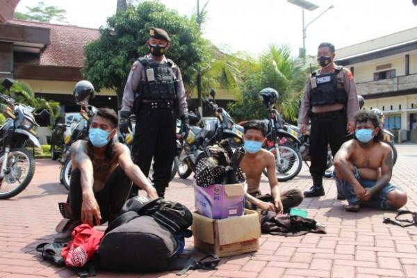 Para anjal saat diamankan di Mapolres Malang (foto: Humas Polres Malang for MalangTIMES)