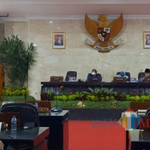 Rapat Paripurna DPRD Kota Kediri, Walikota Paparkan Laporan Rancangan Realisasi Anggaran Tahun Anggaran 2020