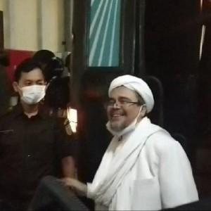 Saat Jaksa Sebut Status Habib Rizieq Sebagai Imam Besar Hanya Isapan Jempol Belaka