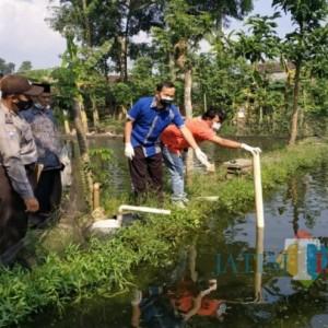 Ditinggal Kencing, Balita di Tulungagung Ini Ditemukan Tewas Tenggelam di Kolam