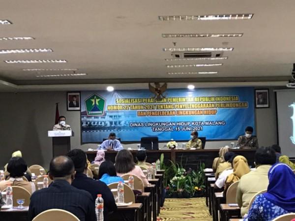 Suasana Sosialisasi Peraturan Pemerintah (PP) No 22 tahun 2021 tentang penyelenggaraan Perlindungan dan Pengelolaan Lingkungan Hidup, yang digelar Dinas Lingkungan Hidup (DLH) Kota Malang di Hotel Savana, Selasa (15/6/2021). (Foto: Istimewa).
