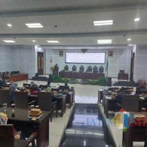 Wali Kota Sutiaji Jawab Pandangan Umum Fraksi DPRD Kota Malang Terkait Serapan Anggaran