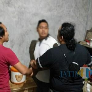 Peras Korban Dengan Ancaman, Oknum LSM di Tulungagung ini Ditangkap Polisi!