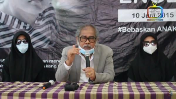 Dua korban bersama Ketua Komnas Perlindungan Anak. (Foto: screenshot Komnas TV Anak)