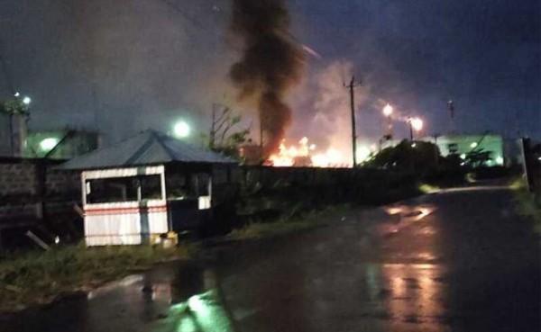 Kilang Pertamina di Cilacap kebakaran (Foto: Kompas.com)