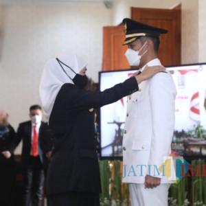Bupati Tuban Lindra Dilantik Gubernur Khofifah di Surabaya, Wabup Riyadi Daring di Tuban