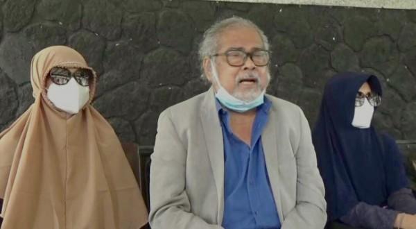 Korban bersama Ketua Komnas PA Arist Merdeka Sirait.