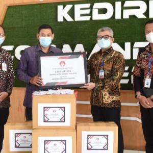Terima Bantuan Masker dari SBMPD Jatim Kediri-Madiun, Wali Kota Kediri Ingatkan Masyarakat Disiplin Prokes