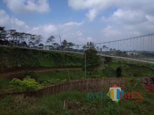 Kawasan Bumi Perkemahan Glagah Arum (Foto : Moch. R. Abdul Fatah / JatimTIMES)