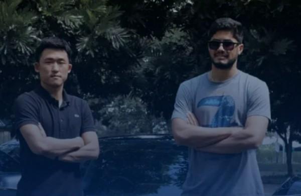pemain asal Jepang Renshi Yamaguchi (kiri) dan pemain asal Brasil Adilson Maringa (kanan). (Foto istimewa)