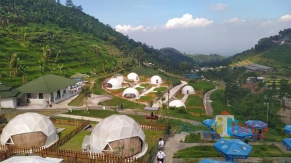 Lembah Indah Malang tengah membangun unit baru glamping dengan fasilitas smooking room. (Foto: Nurlayla Ratri/JatimTIMES)