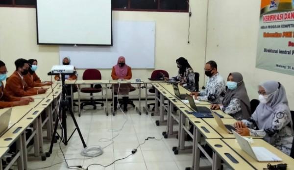 Prodi Manajemen Unikama saat divisitasi terkait PKKM 2021 (Ist)