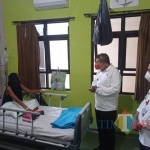 Respon Cepat, Wabup Malang Kunjungi Warga Lawang Sakit Tumor