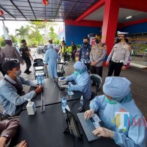 Gunakan Layanan Arema Police dari Polresta Malang Kota, Masyarakat Dapatkan Vaksin Gratis