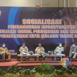 Masyarakat Keluhkan Perihal Papan Informasi di Acara Sosialiasi DPUPRPKP Kota Malang