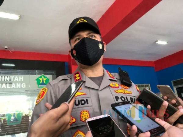 Kapolresta Malang Kota AKBP Budi Hermanto saat ditemui awak media, Jumat (25/6/2021). (Foto: Tubagus Achmad/MalangTIMES)