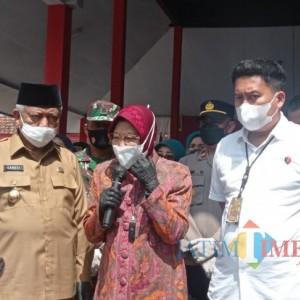 Mensos Risma Ngamuk di Kabupaten Malang setelah Temukan Dugaan Penyalahgunaan Bantuan