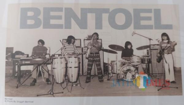 Penampilan Band Bentoel. (Foto: Singgih Bentoel/Dok. Buku Empat Dekade Sejarah Musik Kota Malang)