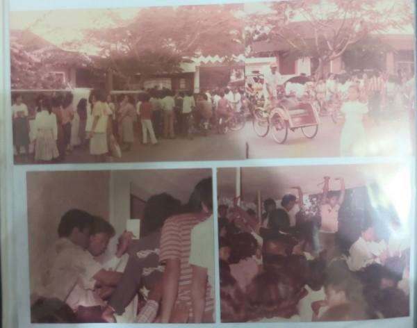 Suasana-pembelian-tiket-di-Radio-Senaputra-Malang8b438c677949a056.jpg