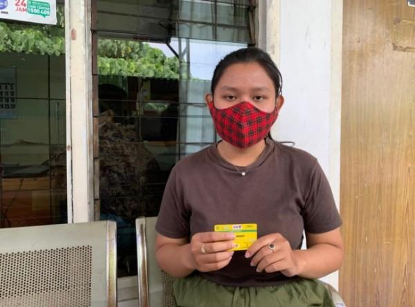 Sosok Sely (19) yang terbantu atas pelayanan kesehatan dengan Kartu JKN-KIS di fasilitas pelayanan kesehatan. (Foto: BPJS Kesehatan Malang)