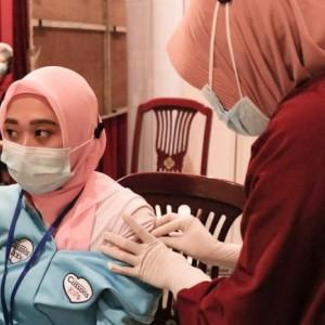 Target 6000 Dosis Vaksin Perhari, Dinkes Kota Kediri Gandeng Institusi Kesehatan