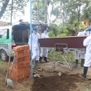 Angka Kematian Akibat Covid-19 di Kota Malang Tinggi, Rata-Rata Bergejala Berat
