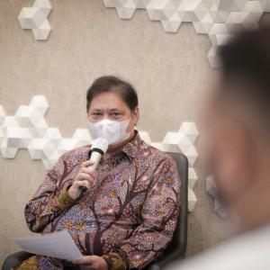 Menko Airlangga: Pemerintah Dorong Positivity Rate Covid-19 Terkait dengan Standar Testing Rekomendasi WHO