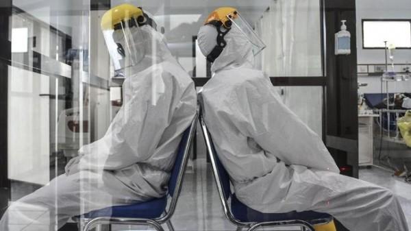 Tenaga Kesehatan (Foto: CNN Indonesia)
