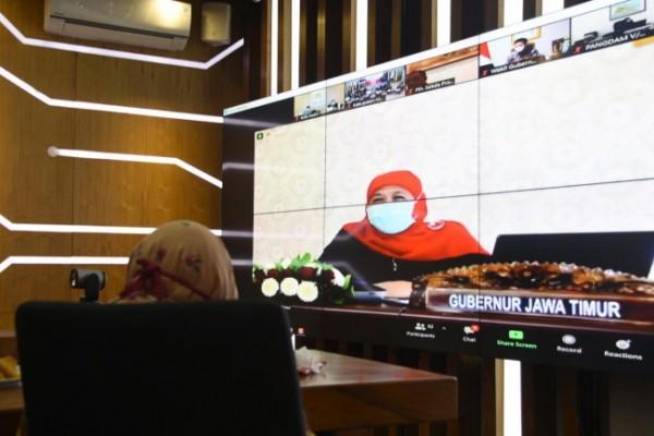 Rapat dipimpin langsung oleh Gubernur Jawa Timur Khofifah Indar Parawansa. (Foto: Ist)