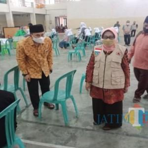 Santri di Jombang Mulai Divaksin, Bupati Jombang: Herd Immunity sudah 50 Persen