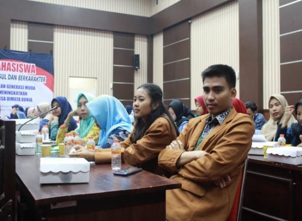 Mahasiswa Unikama yang tengah mengikuti kegiatan seminar. (Ist)