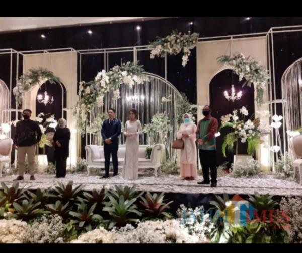 Pernikahan era New Normal di Kota Malang sebelum masa PPKM Darurat. (Arifina Cahyanti Firdausi/MalangTIMES).