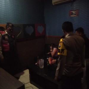 Ngeyel Buka Saat PPKM Darurat, Tempat Karaoke di Wlingi Ditutup Polres Blitar