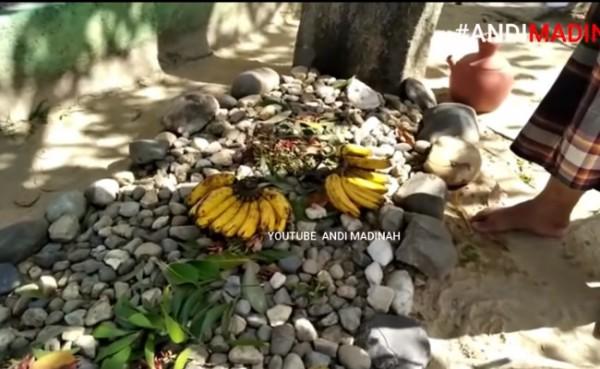 Makam Sahabat Nabi di Sumatera (Foto: YouTube ANDI MADINAH)