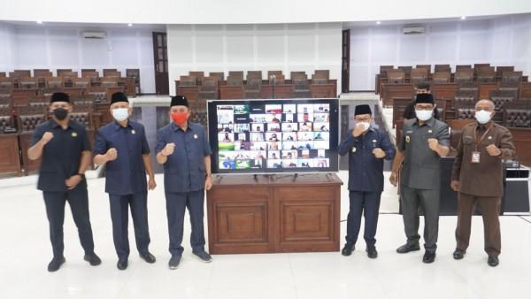 DPRD-Kota-Malang-21b3ebabba42b5d1b.jpg