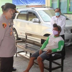 Polres Blitar Operasi Yustisi di Kademangan, Satu Orang Pelanggar Reaktif Swab Antigen