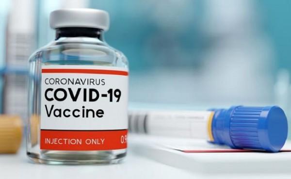 Vaksin  covid-19. (Foto: Watyutink)