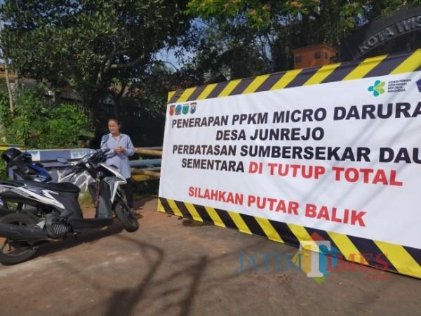 Jalur Alterntif Dau Kabupaten Malang-Junrejo Kota Batu ditutup/foto Muklas JatimTimes