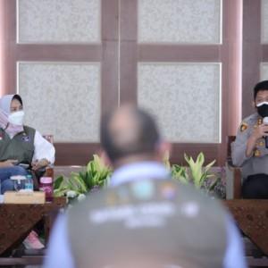 Wali Kota Dewanti Minta Warganya Patuh Larangan Salat Iduladha di Masjid