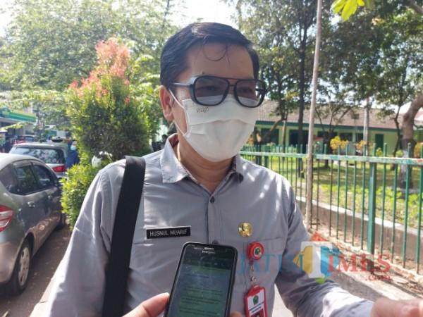 Kepala Dinas Kesehatan Kota Malang dr Husnul Muarif saat ditemui MalangTIMES.com, Jumat (16/7/2021). (Foto: Tubagus Achmad/ MalamgTIMES)