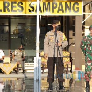 Jelang Hari Raya Idul Adha Kapolres Sampang dan Dandim 0828 Sampang Gelar Apel Bersama Kesiapan Pengamanan