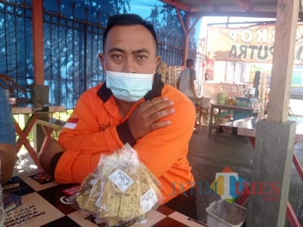 Salah satu pelaku UMKM Kabupaten Malang, Puji Susanto. (foto: Hendra Saputra/MalangTIMES)